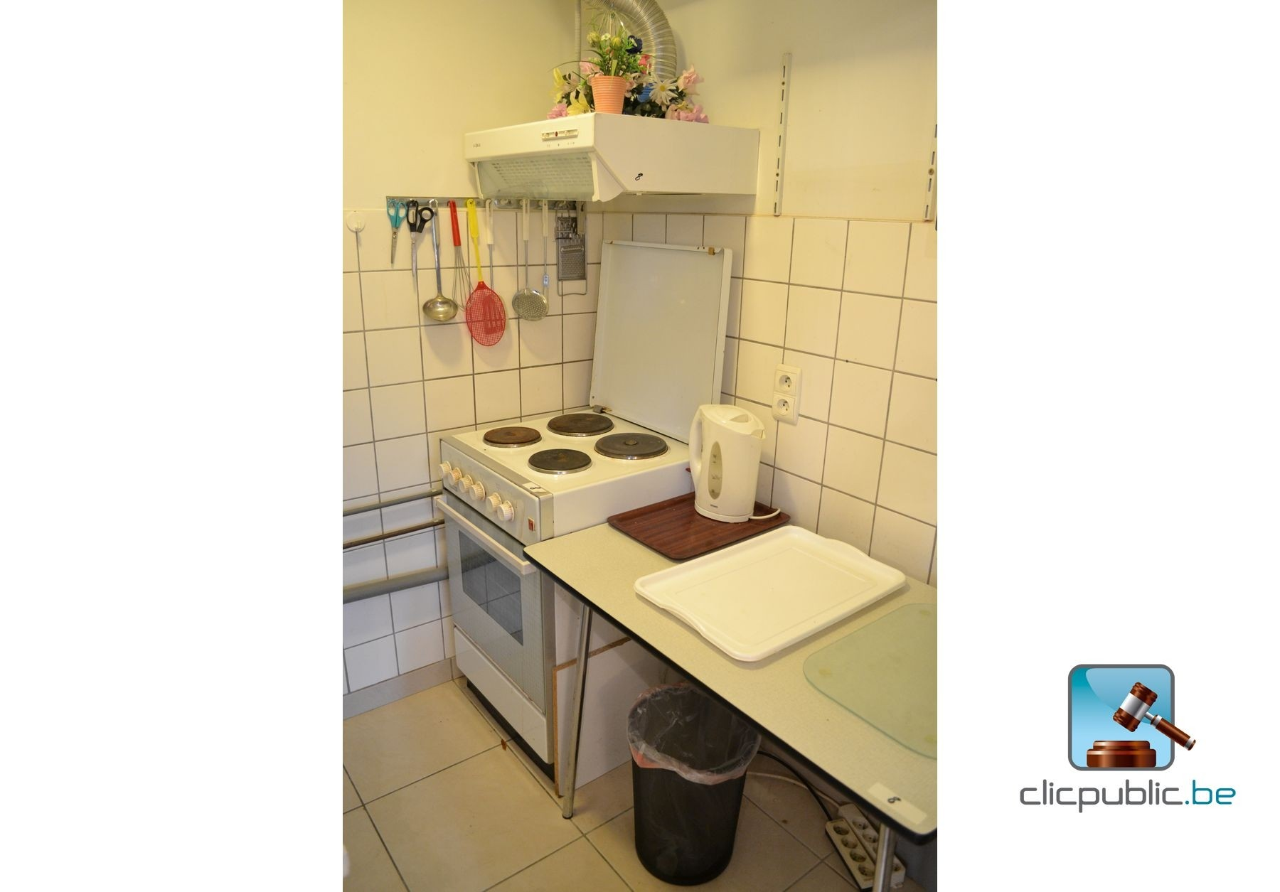 keukenmeubilair et ustensiles ref 8 te koop op